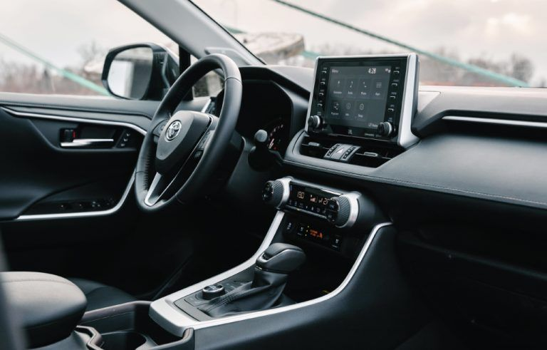 Toyota-RAV4-Receives-Prestigious-2019-Wards-Best-Interiors-Award